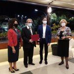 МНД-Битола додели јавна благодарница на претседателот на РСМ Стево Пендаровски